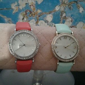 Accessories - 2 fashion watches